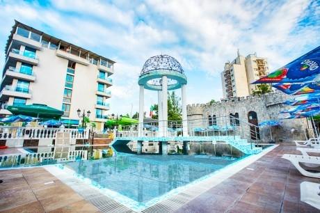 Лято 2020 в Китен на ТОП ЦЕНА! Нощувка на човек със закуска и вечеря + басейн в изцяло обновения  хотел Китен Бийч, на 200 м. от плажа в Китен
