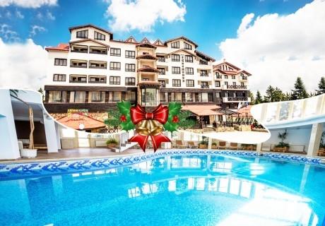Ранни записвания за Коледа в Пампорово! 3, 4 или 5 нощувки на човек със закуски и вечери + басейн и сауна в хотел Снежанка