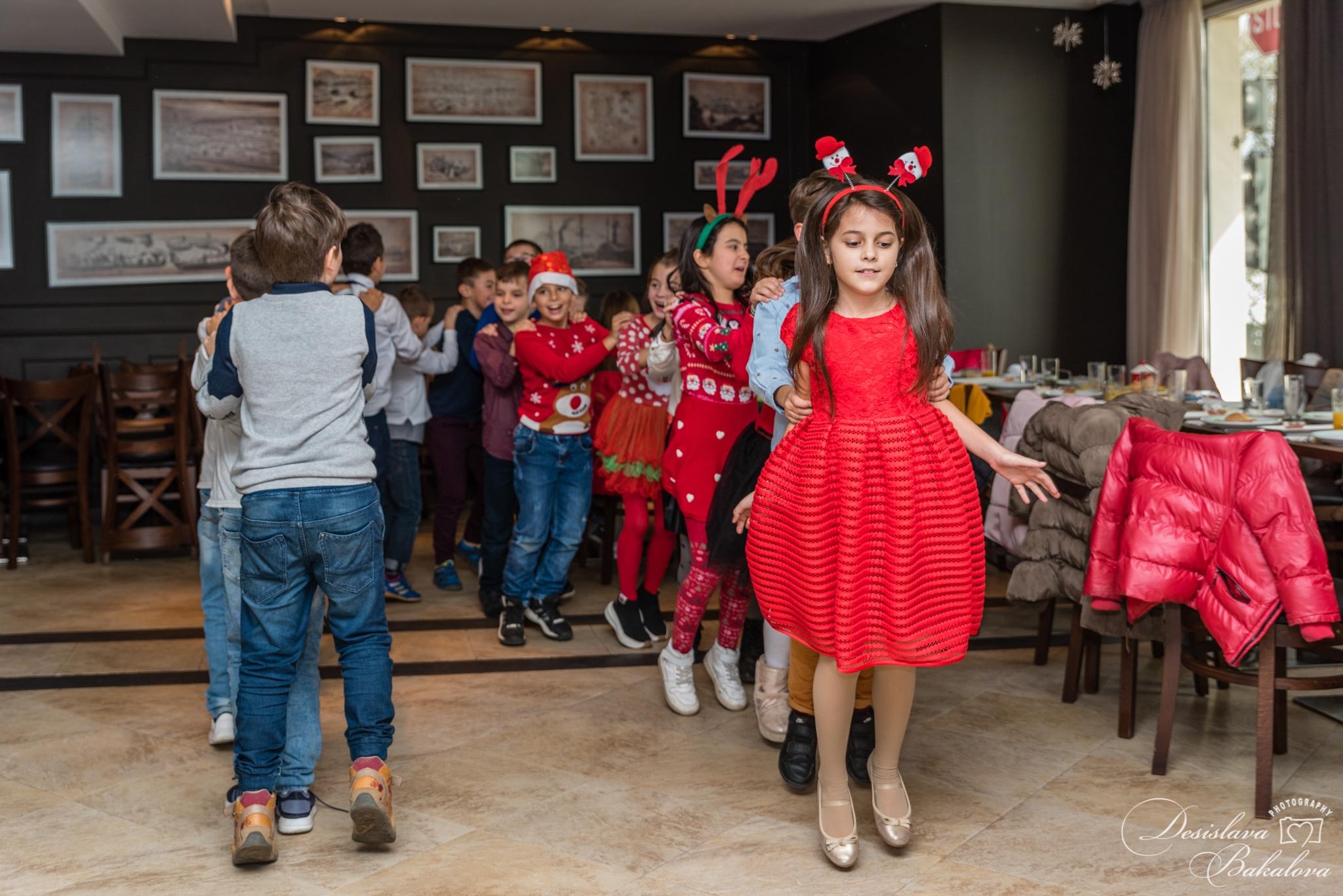 Детски рожден ден в хотел Панорама****, Варна! Детско меню по избор + 3 часа наем на зала, украса и прожекция на филм