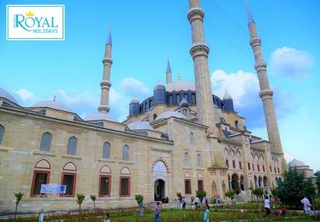 Еднодневна екскурзия за шопинг в Одрин, Турция, само за 27 лв. на човек от Роял холидейз