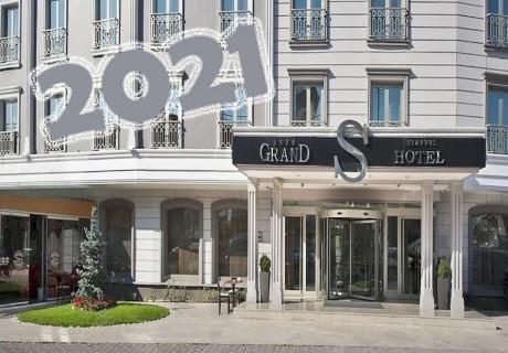 Екскурзия за Нова година до Истанбул! Транспорт + 2 нощувки на човек със закуски в хотел GRAND S 4* от АБВ ТРАВЕЛС