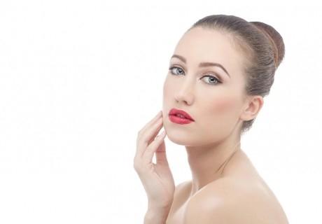 Иглена мезотерапия на лице - Ribeskin Pink от център за естетична и холистична медицинаСимона, София