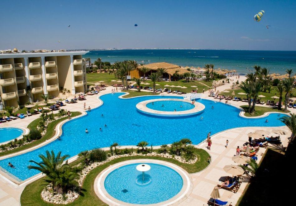 Почивка в Тунис с дати от май до септември. Самолетен билет от София + 7 нощувки на човек на база All Inclusive в хотел  Royal Thalassa Monastir 5*, Монастир