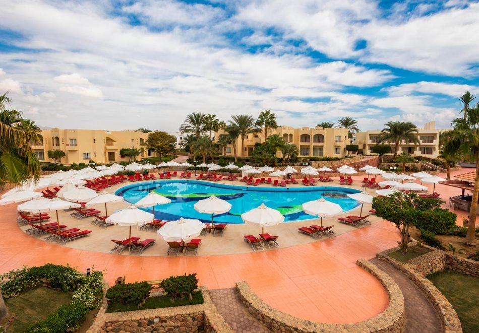 Почивка в Шарм ел Шейх, Египет през октомври и ноември. Чартърен полет от София + 7 нощувки на човек на база All Inclusive в хотел Xperience Kiroseiz Parkland 5*!