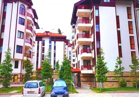 Почивка в Боровец! 2, 3 или 5 нощувки за двама възрастни + две деца до 14г. от ТЕС Флора апартаменти