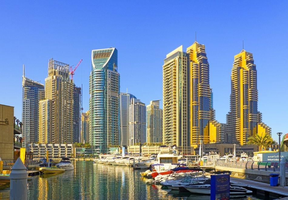 Почивка през април и май в Дубай. Самолетен билет + PCR тест + 5 нощувки на човек със закуски в хотели по избор + обзорна екскурзия на Дубай