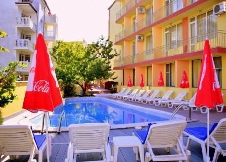 Ранни записвания за море в Слънчев бряг! Нощувка на човек на база All inclusive + басейн в хотел Риор. Дете до 12г. – БЕЗПЛАТНО!