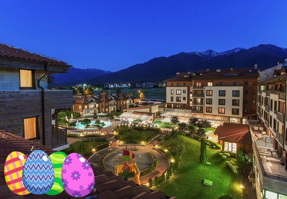 Великден до Банско! 2 или 3 нощувки на човек със закуски и вечери + празничен обяд + басейн и СПА зона от Мурите Клуб Хотел