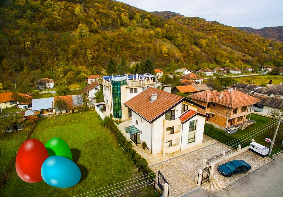 Великден в Рибарица! 2 или 3 нощувки на човек със закуски и вечери + празничен обяд в хотел Зорница