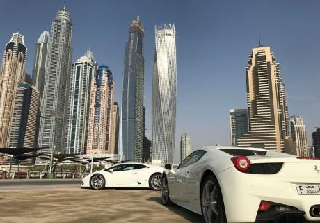 Почивка в Дубай през май, юли и август! Самолетен билет от София + 7 нощувки на човек със закуски в хотел 3* или 4*
