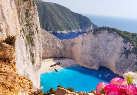 Почивка на остров Закинтос, Гърция! Автобусен транспорт от София + 4 нощувки на човек със закуски и вечери