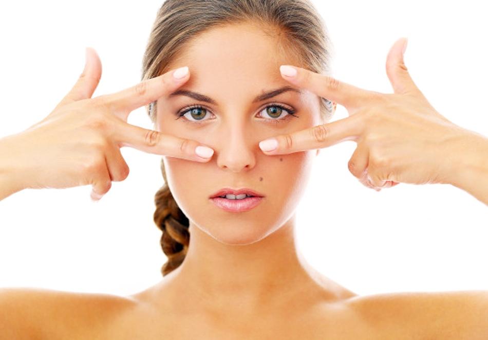 Комбинирана Лифтинг терапия на лице и шия с RF и биолифтинг от Салон за Красота Violett studio, Варна