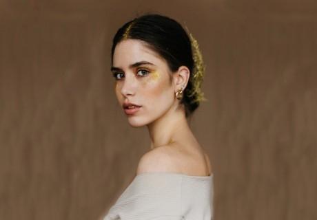 Анти-айдж терапия за лице *Злато и перли* от козметично студио Gold Stayle, Варна