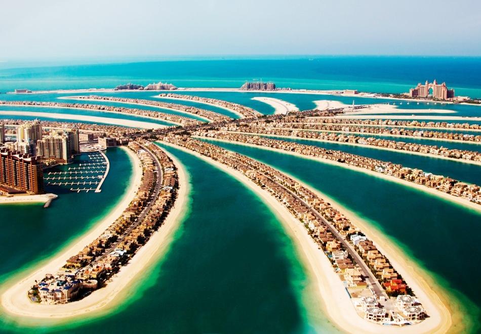 5 дневна почивка в Дубай през септември 2021! Самолетен билет от София + 4 нощувки на човек със закуски и вечери в хотел 3* или 4* + круиз Дубай Марина и сафари в пустинята!