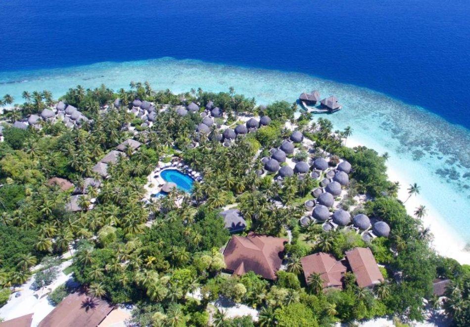 Почивка на Малдивите от август до октомври 2021. Чартърен полет от София + 7 нощувки на човек в Garden Villa, със закуски, обеди и вечери в BANDOS ISLAND RESORT & SPA 4*!