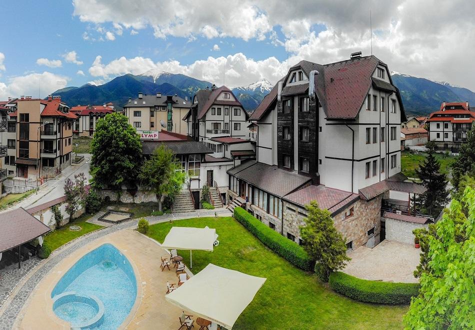 Нощувка на човек със закуска + басейн с минерална вода + релакс зона в хотел Олимп***, Банско. При закупуване на ваучер за 3 нощувки,  получавате безплатна 4-та нощувка