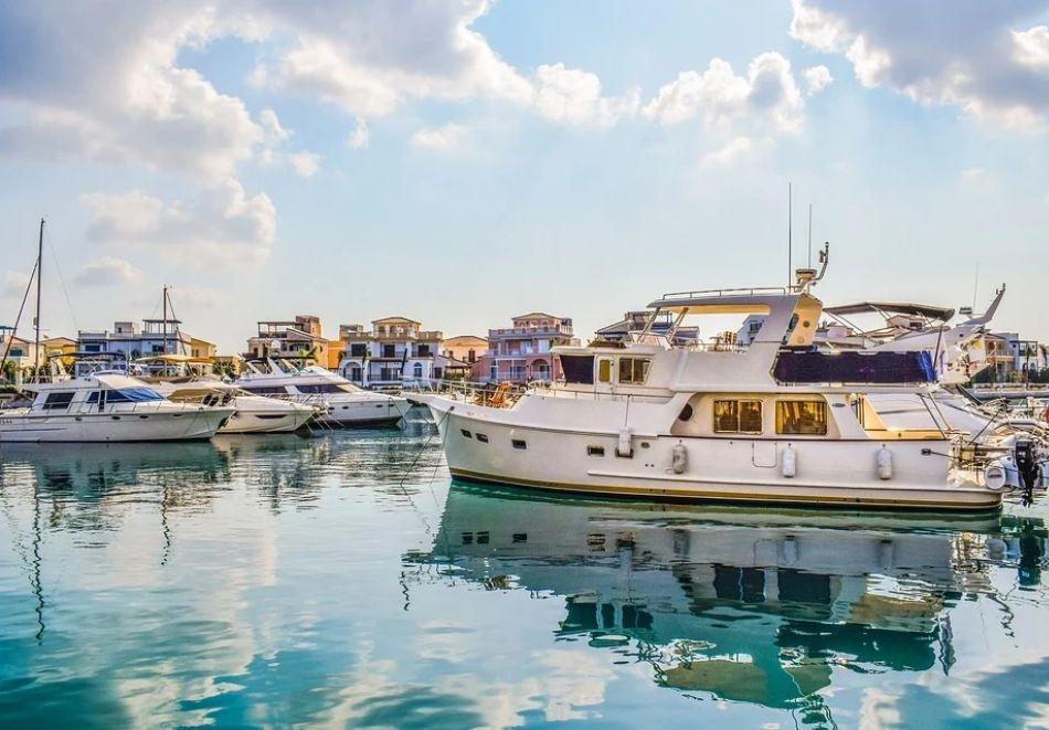 """Круиз """"4 гръцки острова - Миконос, Санторини, Родос и Крит + Атина и Кипър""""! Транспорт от София + 7 нощувки на човек на база All Inclusive на борда на Celestyal Olimpia!"""