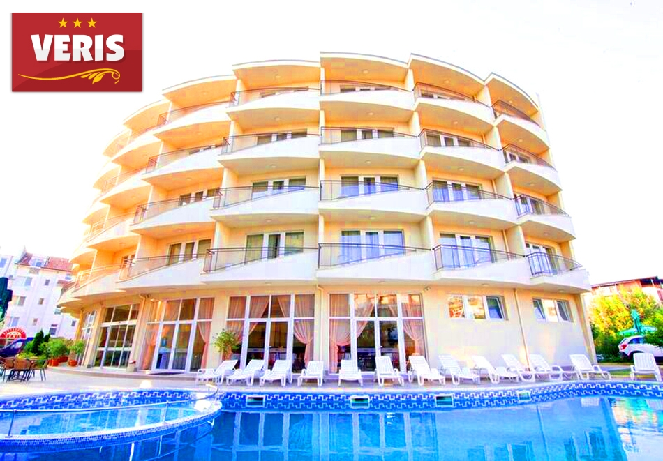 Късно лято в Слънчев бряг! 3+ нощувки на човек + басейн в хотел Верис