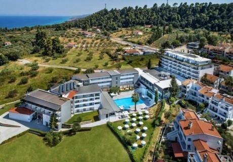 5+ нощувки на база All Inclusive на човек + басейн в хотел Kriopigi, Касандра. Дете до 5.99г. БЕЗПЛАТНО