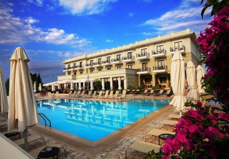 2+ нощувки на човек със закуски и вечери + басейн в Danai Hotel and Spa, Пиерия, Олимпийска Ривиера.  Дете до 5.99г. БЕЗПЛАТНО