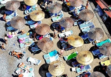 Почивка от август до октомври в HOLIDAY PARK RESORT 5*, Алания, Турция. Самолетен билет от София + 7 нощувки на човек на база All Inclusive!