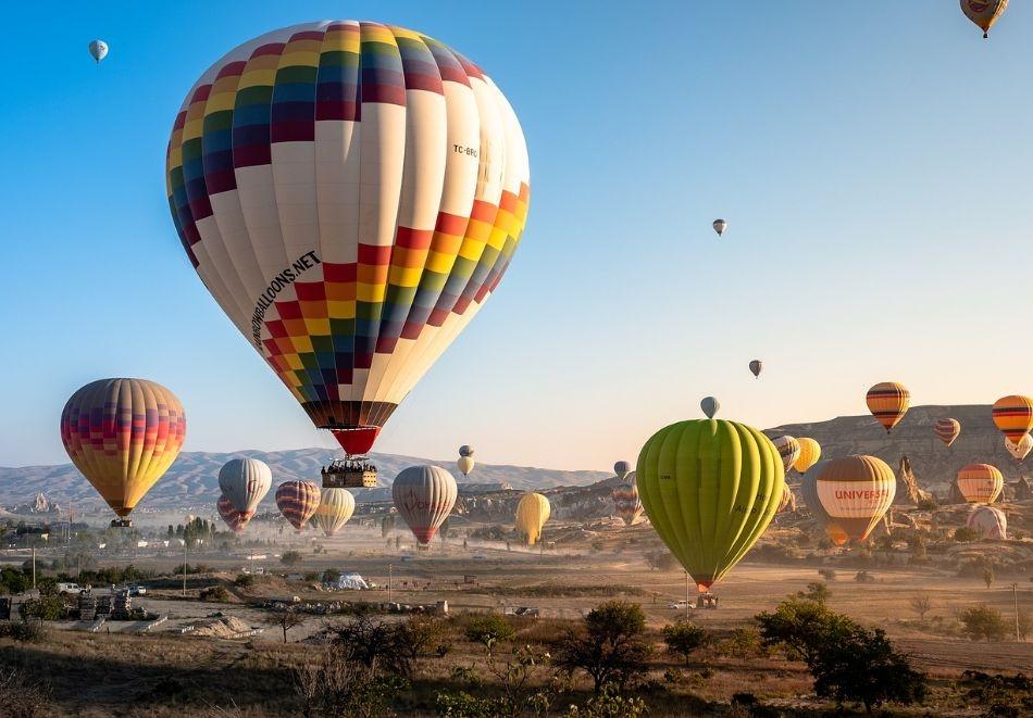 Екскурзия и почивка през септември до Анталия и Кападокия, Турция! Чартърен полет от София + 7 нощувки на човек със закуски и вечери в хотел  4* + 3 екскурзии!