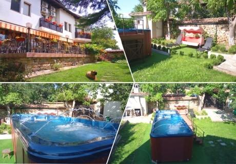Нощувка на човек със закуска и вечеря + НОВ външен басейн с джакузи в хотел Елена, Арбанаси
