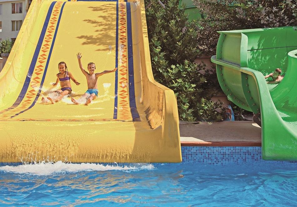 Нощувка на човек на база All Inclusive + басейн в ДАС клуб хотел, Слънчев бряг. Дете до 12г. БЕЗПЛАТНО