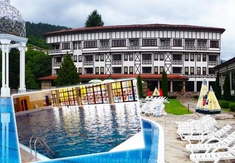 2+ нощувки на човек със закуски, обяди и вечери +  басейн с минерална вода от СПА хотел Орфей 5*, Девин