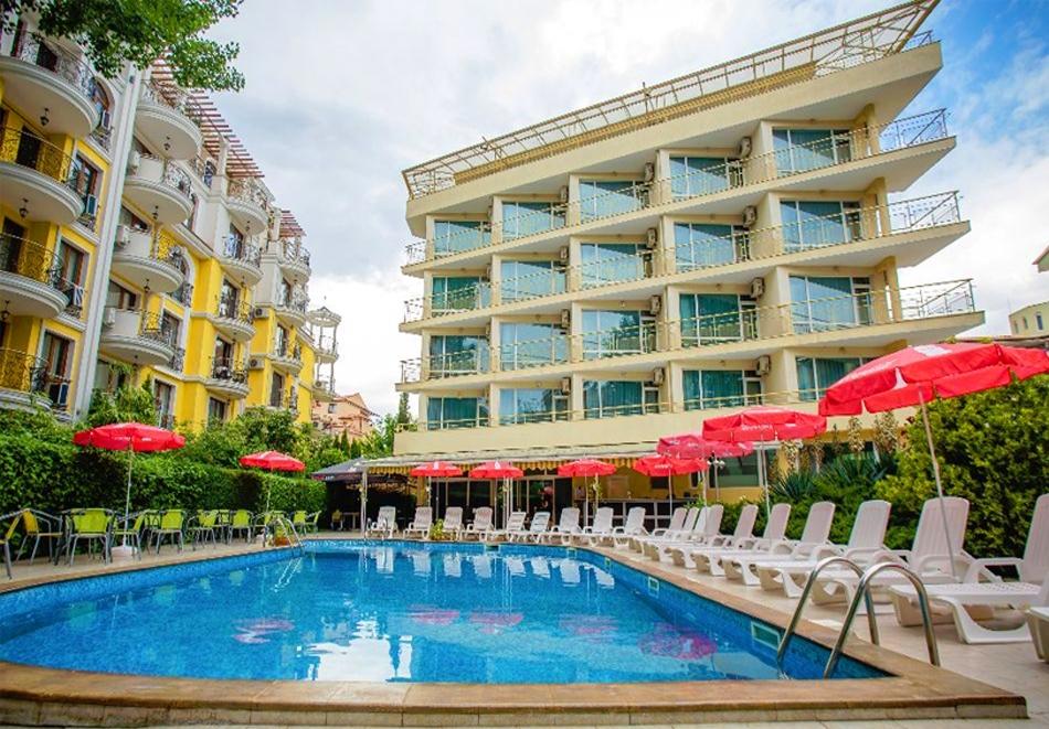 Септември в Слънчев бряг! 3 нощувки на човек на база All inclusive в хотел Дева