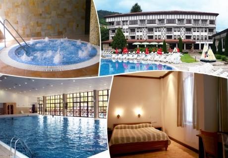 Нощувка на човек със закуска + басейн с минерална вода от СПА хотел Орфей 5*, Девин