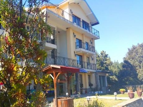 Почивка до Троян! 2 + нощувки на човек със закуски в хотел Виа Траяна, Беклемето