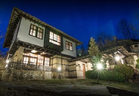 Коледа в Боженци! 3 нощувки в самостоятелна къща с капацитет до 10 човека от Шарлопова къща