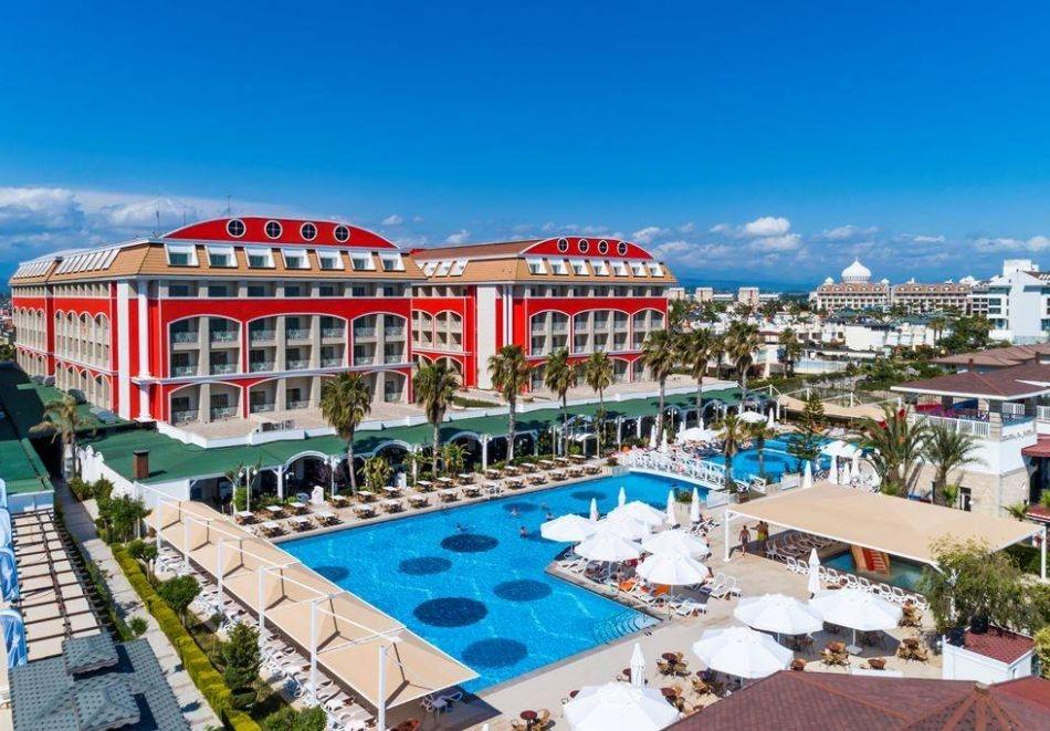 Почивка през октомври в ORANGE COUNTY RESORT HOTEL 5*, Белек, Турция! 7 нощувки на човек на база Ultra all Inclusive! Дете до 11 г. безплатно! Собствен транспорт!