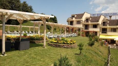 Почивка в Родопите! Нощувка на човек със закуска и вечеря в хотел Енчеви, с. Кирково, на 8 км. от Гърция