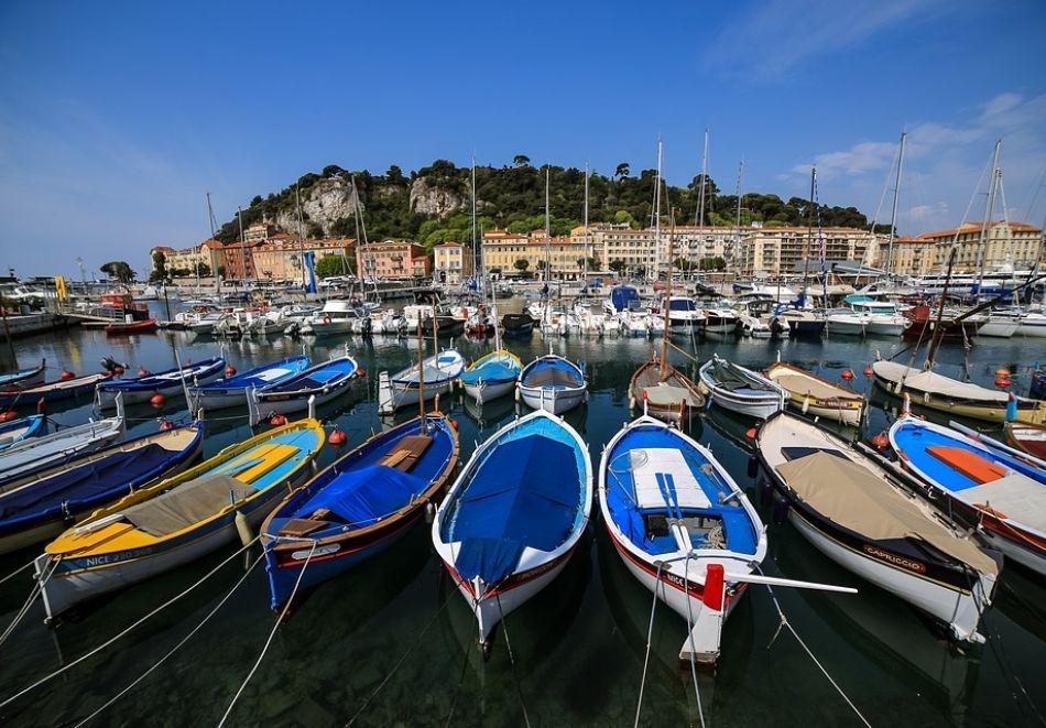 Екскурзия през ноември и декември до Ница, Франция! Самолетен билет от София + 3 нощувка със закуски и възможност за посещение на Монако и Кан!