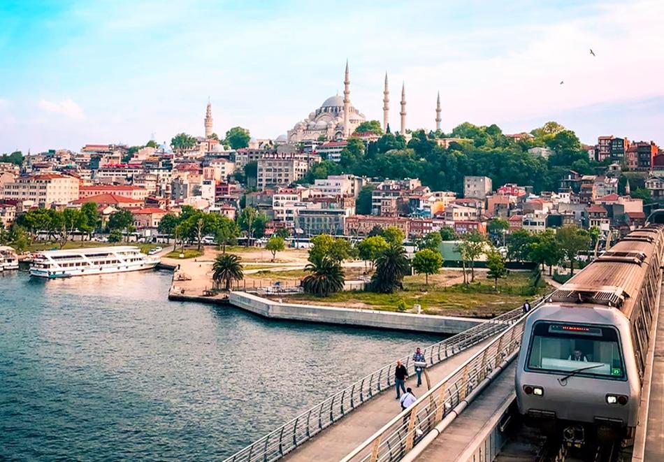 Екскурзия до Истанбул! Транспорт + 3 нощувки със закуски и БОНУС туристическа програма от ТА Мис Кей Травел