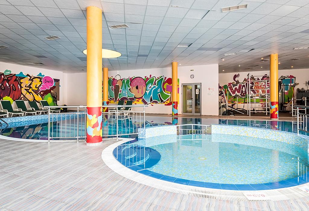 Ранни записвания за лято 2021 в Златни Пясъци! Нощувка на човек на база All inclusive + 2 външни басейна и водни пързалки в СООЕЕ Мимоза Съншайн хотел****. Дете до 13г. - БЕЗПЛАТНО!, снимка 7