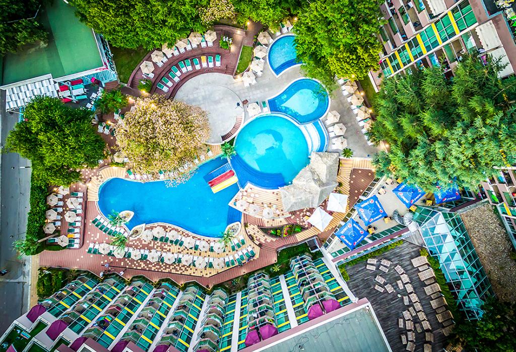 Ранни записвания за лято 2021 в Златни Пясъци! Нощувка на човек на база All inclusive + 2 външни басейна и водни пързалки в СООЕЕ Мимоза Съншайн хотел****. Дете до 13г. - БЕЗПЛАТНО!, снимка 2