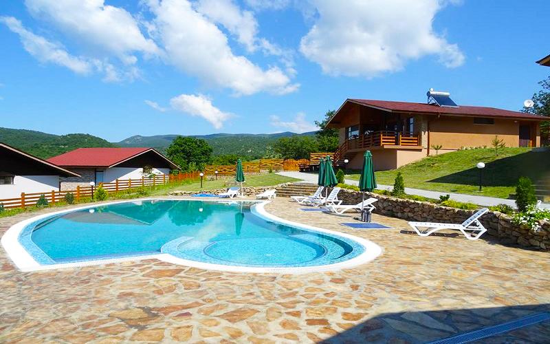Релакс в Средна Гора! Наем на напълно оборудвана къща с капацитет 8 човека в къщи за гости Аргирови., снимка 3