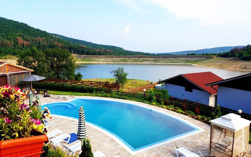 Релакс в Средна Гора! Наем на напълно оборудвана къща с капацитет 8 човека в къщи за гости Аргирови., снимка 5