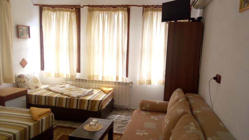 1, 2 или 3 нощувки на човек със закуски и вечери от хотел Марио, Мелник, снимка 7
