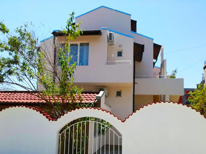 Лято в Равда на 120м. от плажа! 3, 4 или 5 нощувки на човек в къща за гости Сиана***, снимка 7
