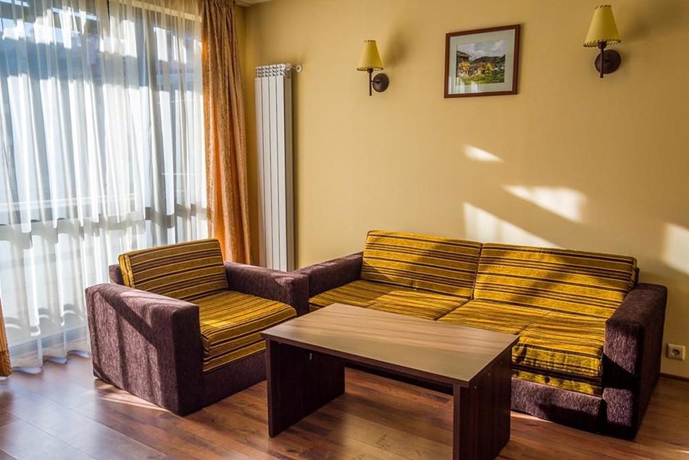 Нощувка в апартамент за четирима + руска баня в  апарт хотел Дрийм***, Банско, снимка 10