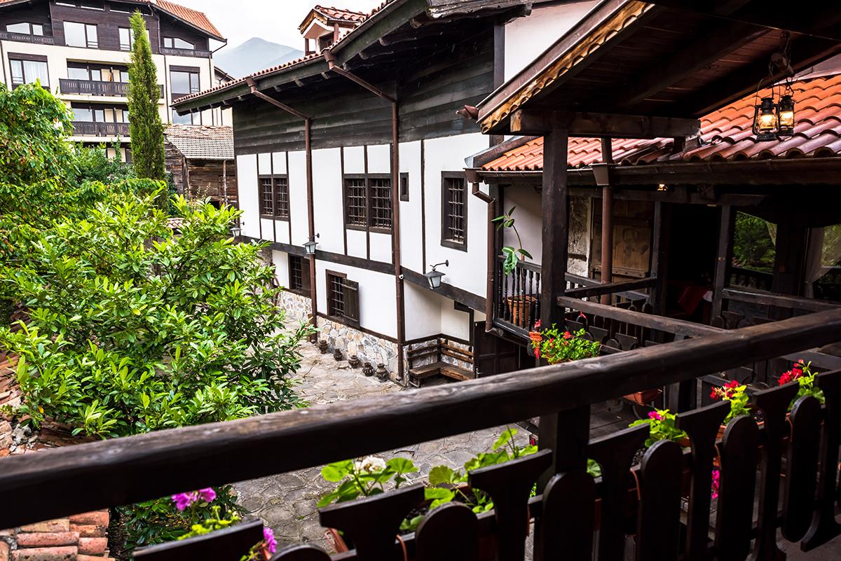 Нощувка със закуска в семеен хотел Златева къща в Банско, снимка 3