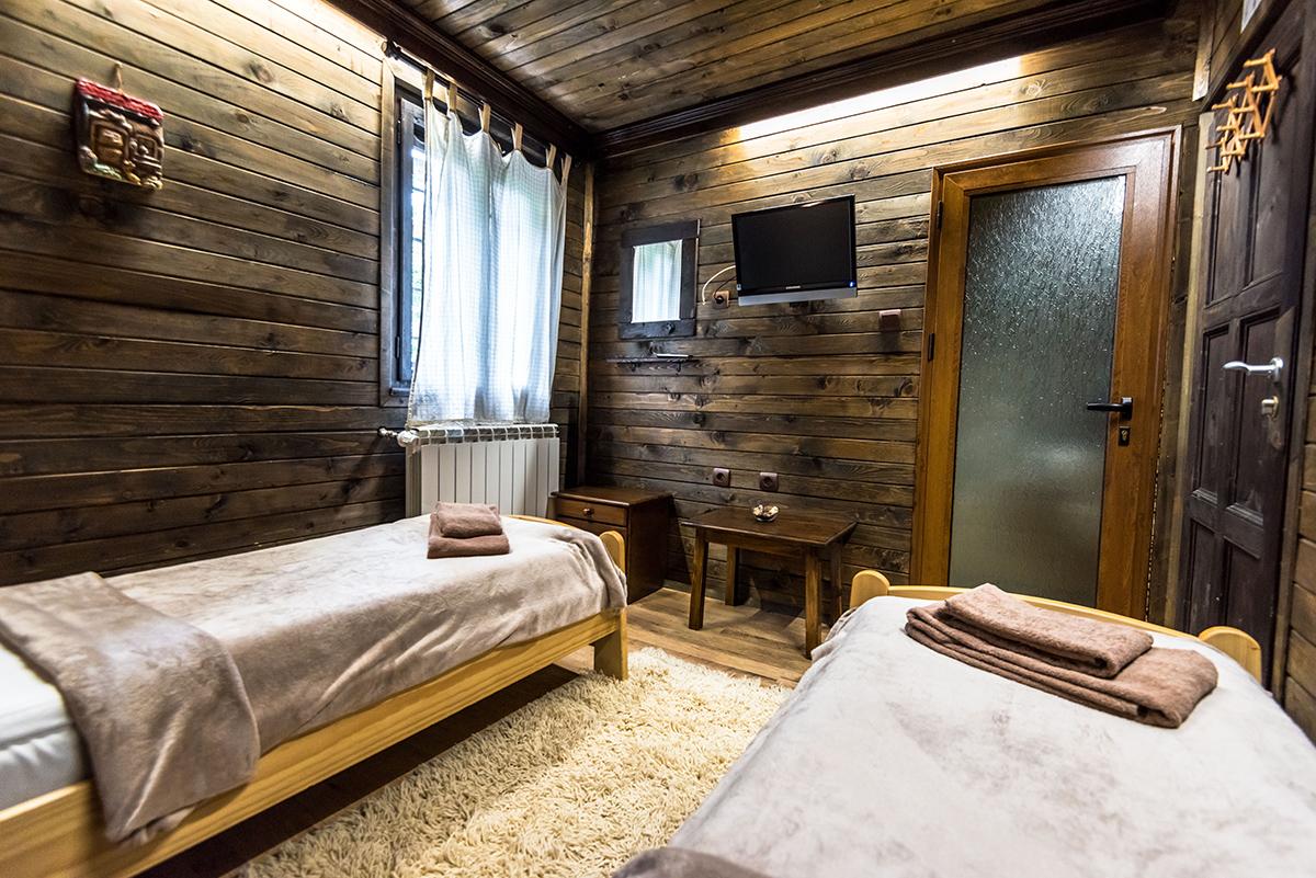 Нощувка със закуска в семеен хотел Златева къща в Банско, снимка 12