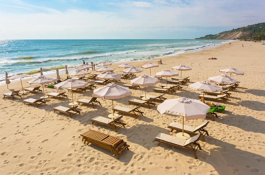 5+ нощувки на човек на база All inclusive + минерални басейни, СПА, чадър и шезлонг на плажа от Балнеохотел Терма Палас 5*, Кранево. Дете до 11.99г. - безплатно, снимка 3