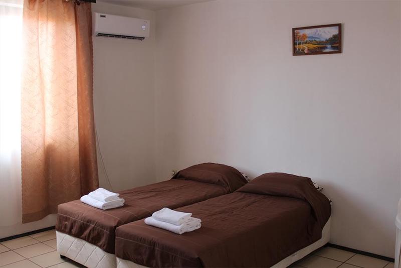 Семеен хотел Искър, Ахелой, снимка 3