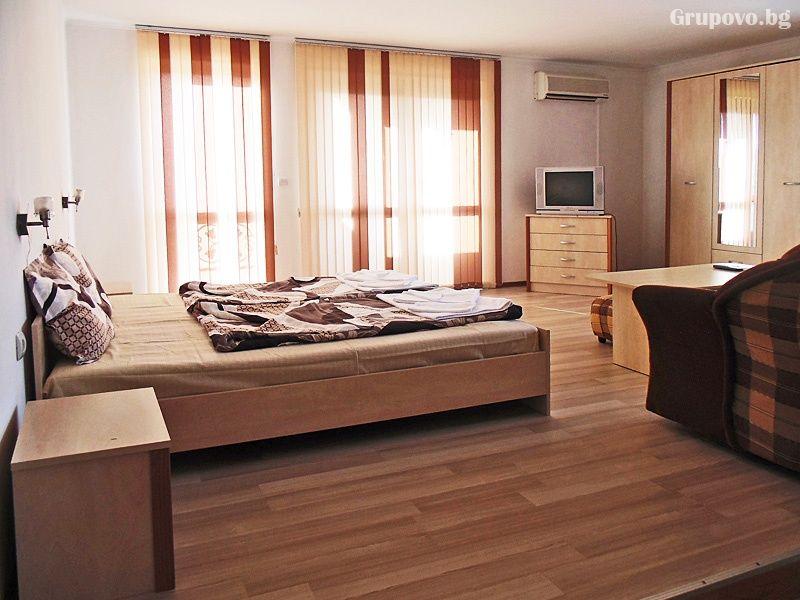 Хотел Елени Палас, Елена, снимка 8