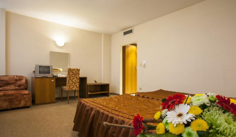Нощувка на човек в ИнтелКооп, Пловдив, снимка 6
